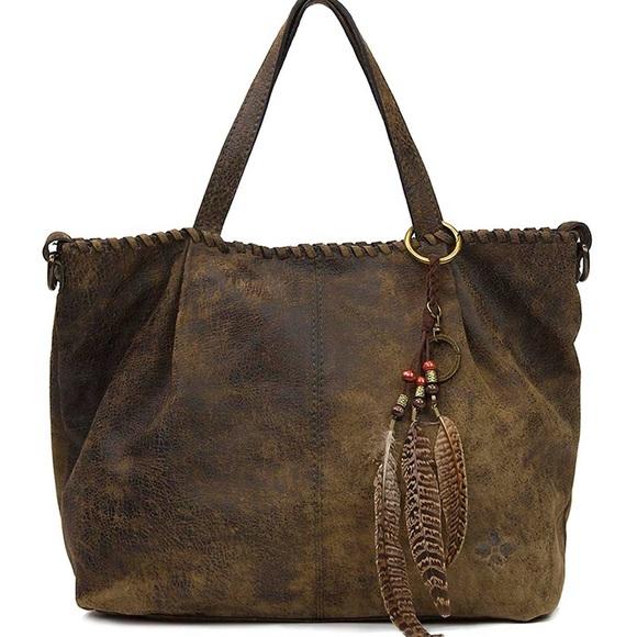314c306f9e88 Patricia Nash Zola Acid Wash shoulder bag. M 5b074d9d3b16081931a72156